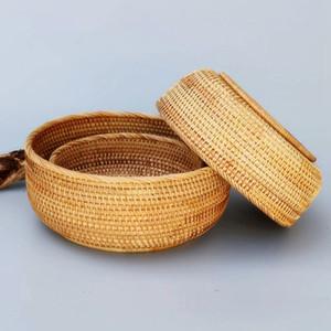 Vente chaude Hadewoven ronde en rotin Fruit Basket osier alimentaire Plateau tissage de stockage Porte Salle à manger Bowl (Kit 3-Size)