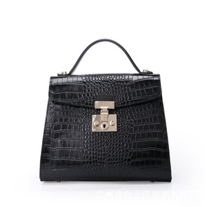 Lucky2019 Woman Pu Package Crocodile Grain Handbag Light Luxurious Three-dimensional Single Shoulder Satchel