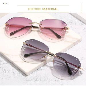 2020 newst Aviator Diamond Gradient frameless sunglasses Fashion Women Rimless Sunglasses with Diamond Decoration Accessories