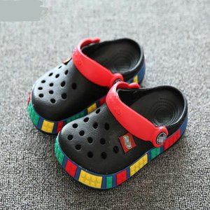 2019 Summer girls boys Kids children's beach sandals baby rubber Hole clogs shoes slippers breathing for 4 - 12 years old T200701