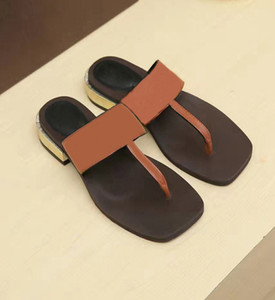 Hot Sale-Sommer Pantoffel Frauen Luxus-Designer-Sandalen Flip Flops Strand Sandalen Femininas flachen Boden High-End-Schuh der Frauen