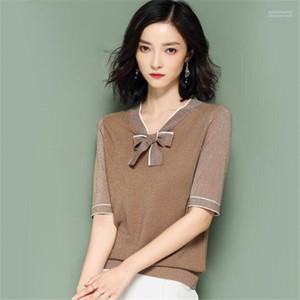 Bowknot Femmes Hauts délassantes dames T-shirts col en V brillant soie à manches courtes Slim OL Femmes Knits Contraste couleur