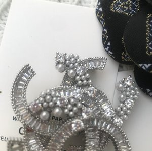 shining ~ Fashion metal brooch Classic stone c breast pin classic accessories party gift VIP paper card