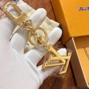 2020 Designer de acessórios de moda MONOGRAMA PRAZER Bag e Keychain facettes 18k Gold Key Car Acessórios Iniciais projeto