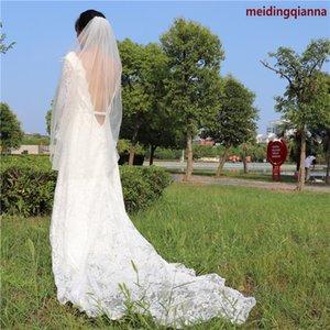 Stok Real Resimleri Beyaz Fildişi Champagne Düğün Veil Kalça Uzunluk Boncuklu Kenar Gelin Veil İnciler Tek Katman Alaşım Tarak yılında Sıcak Tasarımcı