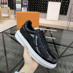 Lastest Männer Beverly Hills Trainers glänzend glasierte Kalbsleder Freizeitschuhe Modedesigner ultraleichte Gummi schwarze Turnschuhe