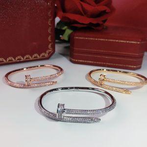 produtos de venda quentes parafuso unhas broca plena pulseira de ouro Pulseiras Mulheres Punk de Melhor presente de luxo de qualidade Superior Bangles jóias