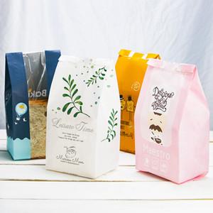 크래프트 종이 토스트 가방 맑은 창 음식 베이킹 포장 가방 기름 증거 가방을 꺼내는 빵 가방