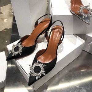 Sandali delle signore con paillettes banchetto di nozze strass fiore Summer Decoration Style damigella d'onore a punta Openwork sandali degli alti talloni