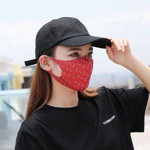 Maschere Popolare Unisex Protcet respiratori bevande Camo Lettera Stampe antipolvere Saliva viso Stereo copertura Bocca Maschera Mascherine1 95js E1