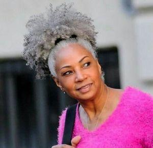 Black Woman graue Haare Pferdeschwanzverlängerung silbergrau Afro Puff verworrene lockige Kordelzug Menschenhaar Pferdeschwanz Clip in Echthaar 100g 120g 140g