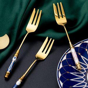 1PC شيك الفولاذ المقاوم للصدأ شوكة الفاكهة الذهبي السيراميك التعامل مع الحلوى كعكة فوركس خمر كولتيري عشاء الخدمة أواني المائدة