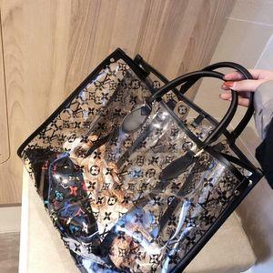 2020 Art und Weise 100% echtes Leder-Einkaufstasche schnelle Handtasche Mickey Muster mit Schloss und Schlüssel tote Schultertasche Klassische Tasche 1-38