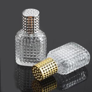 30ml Essential Oil Perfume Bottle Clear Glass Square Grid Grain Mist Pump Spray Bottle For Travel Perfume Diffuser Wholesale