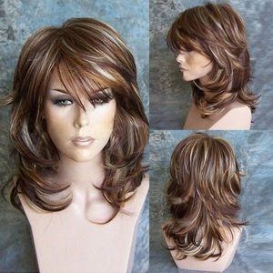 تسليط الضوء على الجانب بانج المتوسطة الطبقات مجعد قليلا شعر مستعار براون الشعر الاصطناعية