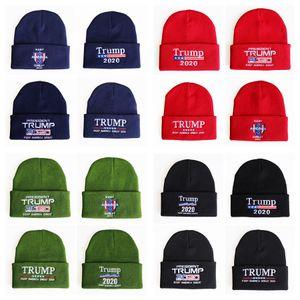 Trump 2020 Presidente Sombreros de punto Mantener América Gran bordado Invierno cálido Esquí Sombreros de ganchillo Gorro de punto al aire libre TTA1638
