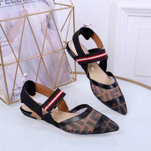 2019 Diseñadores remachados Sandalias deportivas Lujosas marcas de moda de diamantes y para mujer Sandalias de ocio de cuero Playa al aire libre Hombre Zapatos de mujer