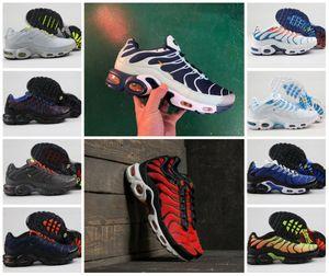 2019 Tn Sapatos Masculinos New Black White Red Air TN Plus Ultra Sports Shoes Designer barato TN Requin Moda correr Casual Sneakers Zapatillaes