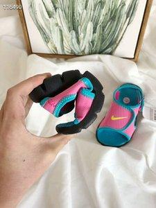zapatos de los niños sandalias de playa de estilo de los niños venta caliente nuevos europeos y americanos al aire libre sandalias de verano romanas de suela blanda antideslizante cómodo
