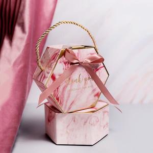 10 개 새로운 창조적 핑크 / 그레이 대리석 질감 사탕 상자 종이 선물 상자 리본 휴대용 캔디 선물 가방 핸들