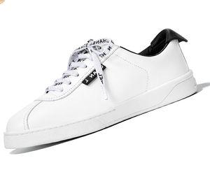 Chanel shoes 2020 أحذية رياضية جلدية جديدة حذاء مصمم أحذية السيدات الأحذية الكاجوال أبيض وأسود: 35-40 مع مربع CH2