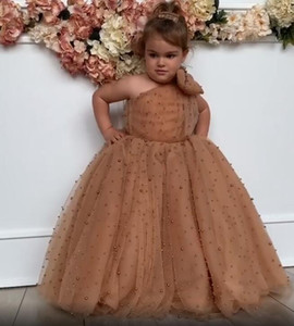 Luxurious Girls Pageant Dresses Pearls Flower Girl Dresses One Shoulder Bow Little Girl Wedding Vintage Communion Gowns