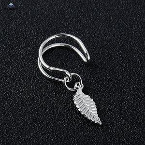 2 pcs lot Vintage Carved Leaf Nonpierced Fake Earrings Helix Piercing Oreja Fake Piercing Tragus Ear Cuff Earring Fake Nose Ring