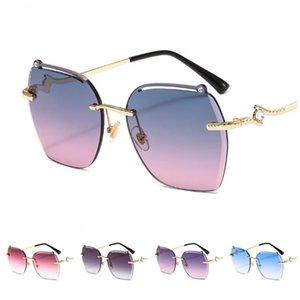 La moda de las mujeres elegantes gafas de sol sin montura de gafas de sol Glasse del ajuste de Anti-UV Gafas diseño hueco de las lentes ornamental A ++
