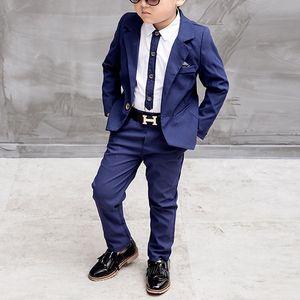 Azul / rojo Traje Niños Grandes Los juegos de los niños Blazer muchachos del juego de moda para la ropa de boda Chaquetas Blazer + pantalones + camisa 3-10Y