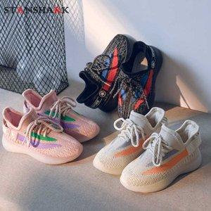 2020 nuovi capretti pattini casuali delle scarpe da tennis di cocco dei ragazzi dei bambini di sport che funziona scarpe da ginnastica di volo di tessitura ragazze Mesh Tenis Infantil