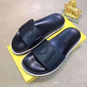 2019 Männer Frauen Sandalen Designer-Schuhe Luxus Slide Summer Fashion Breitflach Slippery Sandalen Slipper Flip Flop Größe 35-45