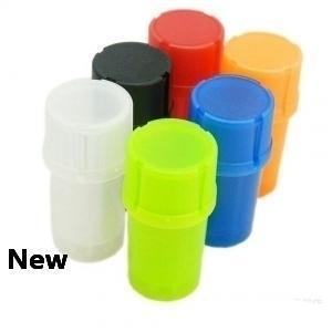 Plastic Tobacco Grinder Pipes forma de garrafa de fumadores Multi-função Herb Spice Grinding Crusher recipiente de armazenamento Caso PPA235
