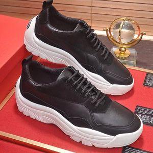 Moda Klasik Gumboy Dana derisi Sneaker Erkek ayakkabı Zapatos de lujo para hombre Açık Yürüyüş Dantel-up Nefes Sneakers Erkek Ayakkabı