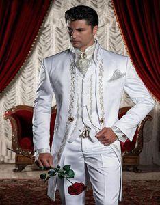 Custom Made Gold Embroidery Groom Tuxedos Stand Collar Groomsmen Blazer Man Wedding Suits (Jacket+Pants+Vest+Tie+Handkerchief)