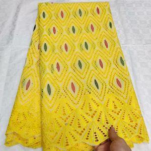 Großhandel gelbe Schweizer Voilespitze in der Schweiz Tissu African Broder 100% Baumwolle Spitze Dubai Brokat Spitze Stoff 5yard / lot