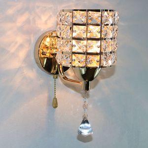 Basit, modern altın tek kafa K9 kristal duvar lambası yaratıcı sanat başucu aydınlatma ayna ön yatak odası duvarı ışık R49