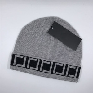 Autumn Winter Warm Knitted Hats Fashion Letter Jacquard Men Caps Personality Vintage Style Beanie for Couple