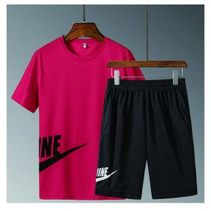 Yeni ürünler yaz erkek spor giyim kısa kollu tişört ve şort rahat spor şort takım elbise erkek yuvarlak boyun şort koymak