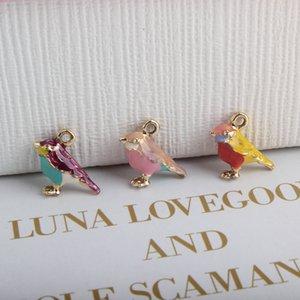 Charms ashion 10PCS Gioielli fai da te accessori oro dello smalto di colore 3D piccolo Sparrow Colorful Beads donne misura i braccialetti dell'uccello dei monili di fascino ...