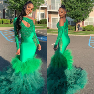 Verde da sereia mangas compridas Prom vestidos de lantejoulas de um ombro Africano frisada Evening Vestidos Plus Size Varrer Train cetim Tiered vestido formal
