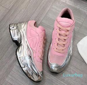 Diseñador de zapatos de diseño zapatillas de deporte de la zapatilla de deporte de gran tamaño Raf Simons Ozweego hombres del zapato mujeres de lujo en efecto metálico de plata del Sole Deporte Entrenador N7