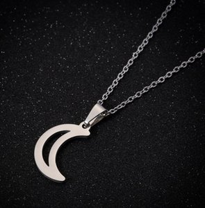 Классические Колье цепи Hollow Moon для Валентина Dainty нержавеющей стали Crescent месяц Подвеска женщин Wear Daily