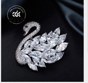 Swan Brooch High-end Fashion Clothing Pin Madam Brooch Manufacturer Customization