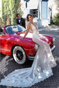 Elihav Sasson 2020 Mermaid Wedding Dresses with Wraps Backless Sexy Plunging Neck Beach Wedding Gowns Lace Appliqued Bridal Dress