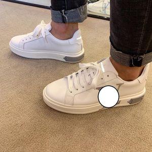 Diseñador de los hombres forman los zapatos ocasionales Smart Platform Formadores Pisos suela gruesa de terciopelo plataforma para caminar de cuero de lujo vestido de fiesta de las zapatillas de deporte B5TLV