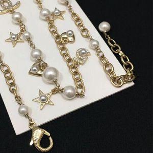 Kişilik Bayan Yeni Bakır Yüksek Kalite Takı Lüks Pearl Rhinestone kolye Letter kolye Moda Stil