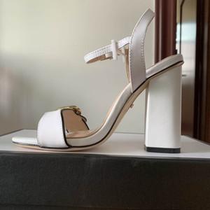 2019 Rihanna Leadcat Slippers in camoscio Designer Sandali Luxury Slide Summer Fashion Sandali piatti e scivolosi Slipper Flip Flop taglia 35-42