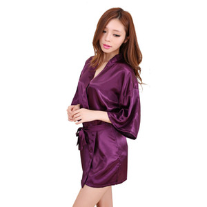15 couleurs Soik Satin Satin Solid Night Robe Femmes Kimono Courte De Sleep Heink Print Silk Teasd Flower Peignoir M040