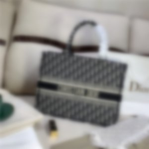 New designer luxury handbags purses Fashion Bag Leather Shoulder Bags Cross body Bags Handbag Purse clutch backpack wallet 563389