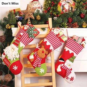 Titulares presente de doces Decoração do presente de aniversário Stockings Christmas Tree htga Natal Hot Ornamentos Papai Noel Boneco Elk Bags Xmas Party